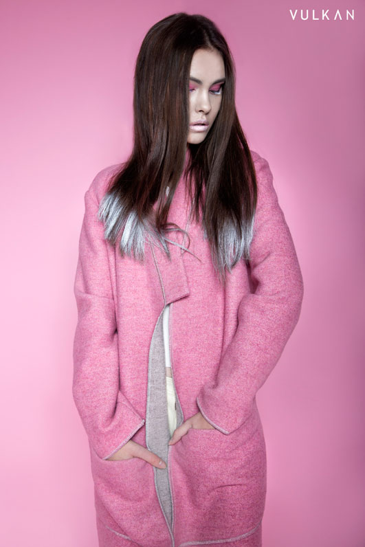 Model in pink Joanna Jachowicz coat